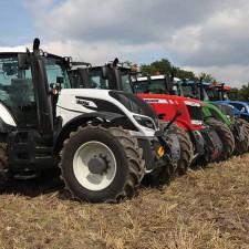 тракторите