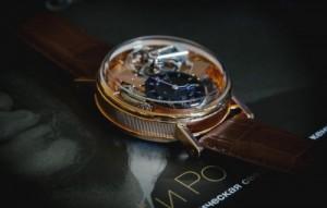 История на стъклото на часовника